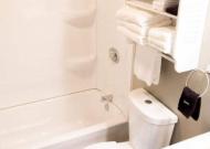 unit7bathroom